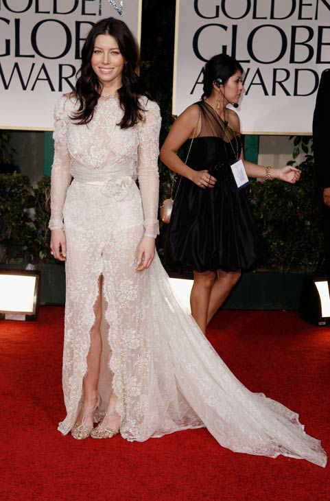 Jessica Biel arrives the 69th Annual Golden Globe Awards Sunday, Jan. 15, 2012, in Los Angeles.