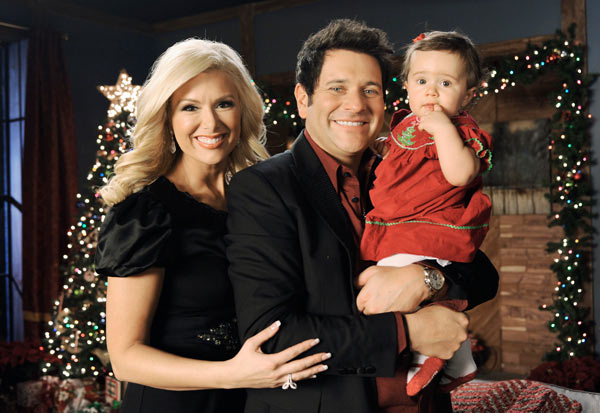 Jay DeMarcus, his wife Allison and their daughter Madeline Leigh appear on 'CMA Country Christmas' in 2011.