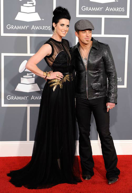 "<div class=""meta ""><span class=""caption-text "">Shawna Thompson, left, and Keifer Thompson of Thompson Square arrive at the 54th annual GRAMMY Awards on Sunday, Feb. 12, 2012 in Los Angeles.  (AP Photo/ Chris Pizzello)</span></div>"