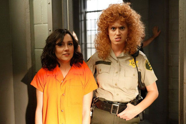 "<div class=""meta ""><span class=""caption-text "">Katy Perry guest-stars as Rikki, a prison attendant, in the 'Single White Female Role Model' episode of 'Raising Hope' airing Tuesday, March 6 on FOX. (Fox / Greg Gayne)</span></div>"