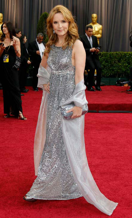 "<div class=""meta ""><span class=""caption-text "">Lea Thompson arrives before the 84th Academy Awards on Sunday, Feb. 26, 2012, in the Hollywood section of Los Angeles. (AP Photo/ Amy Sancetta)</span></div>"