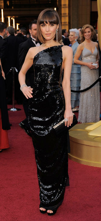 Rose Byrne arrives before the 84th Academy Awards on Sunday, Feb. 26, 2012, in the Hollywood section of Los Angeles. The &#39;Bridesmaids&#39; actress wore a one-shoulder black sequined gown by Vivienne Westwood. <span class=meta>(AP Photo&#47; Chris Pizzello)</span>