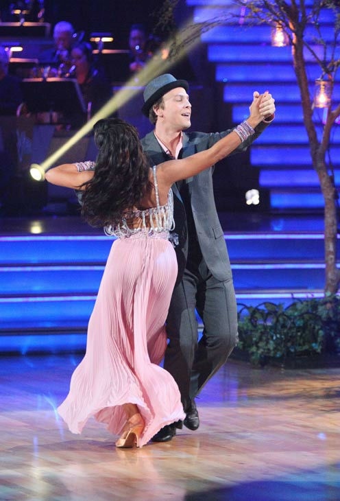 Singer Gavin DeGraw  and his partner Karina Smirnoff received 20 out of 30 points from the judges for their foxtrot on the season premiere of &#39;Dancing With The Stars,&#39; which aired on March 19, 2012. <span class=meta>(ABC Photo&#47; Adam Taylor)</span>
