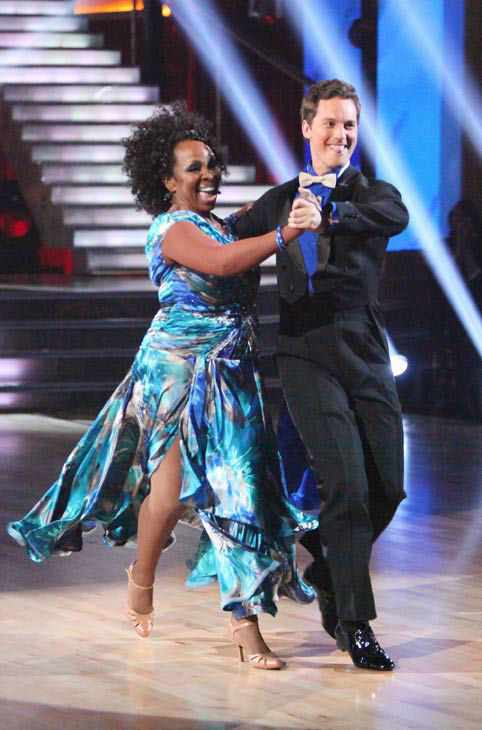 R&B legend Gladys Knight and her partner Tristan MacManus received 19 out of 30 points from the judges for their quickstep on week two o