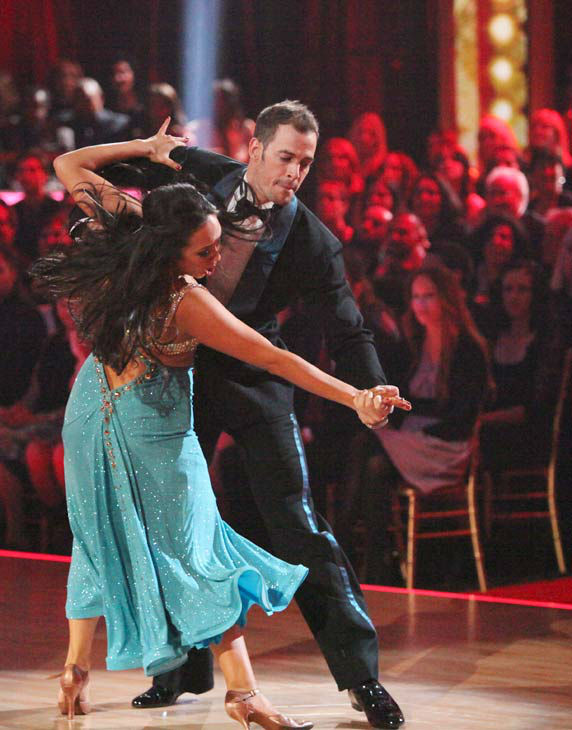 Telenovela star William Levy and his partner Cheryl Burke received 25 out of 30 points from the judges for their quickstep on week two of &#39;Dancing With The Stars,&#39; which aired on March 26, 2012. <span class=meta>(ABC Photo&#47; Adam Taylor)</span>
