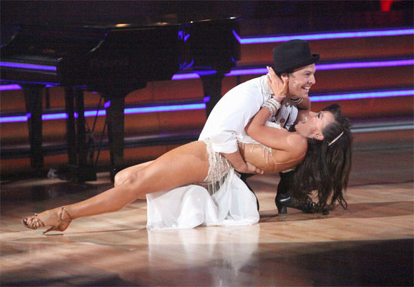 "<div class=""meta image-caption""><div class=""origin-logo origin-image ""><span></span></div><span class=""caption-text"">Singer Gavin DeGraw and his partner Karina Smirnoff received 24 out of 30 points from the judges for their Rumba on week three of 'Dancing With The Stars,' which aired on April 2, 2012. (ABC/Adam Taylor)</span></div>"