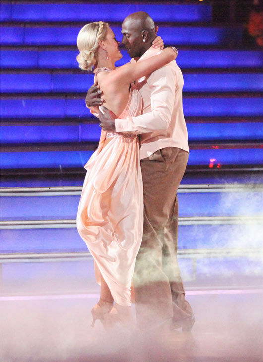 "<div class=""meta image-caption""><div class=""origin-logo origin-image ""><span></span></div><span class=""caption-text"">Football star Donald Driver and his partner Peta Murgatroyd received 26 out of 30 points from the judges for their Rumba on week three of 'Dancing With The Stars,' which aired on April 2, 2012. (ABC/Adam Taylor)</span></div>"