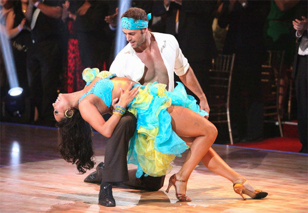 Telenovela star William Levy and his partner Cheryl Burke received 28 out of 30 points from the judges for their Salsa on week three of 'Dancing With The Stars,' which aired on April 2, 2012.