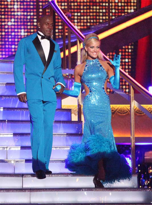 Football star Donald Driver and his partner Peta Murgatroyd received 27 out of 30 points from the judges for their foxtrot to The Temptations&#39; &#39;The Way You Do the Things You Do&#39; on week six of &#39;Dancing With The Stars,&#39; which aired on Monday, April 23, 2012. <span class=meta>(ABC Photo&#47; Adam Taylor)</span>