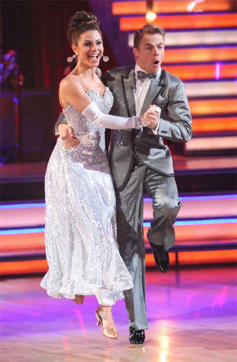 TV personality Maria Menounos and her partner Derek Hough received 26 out of 30 points from the judges for their Fox Trot to Martha Reeves&#39; &#39;Jimmy Mack&#39; on week six of &#39;Dancing With The Stars,&#39; which aired on Monday, April 23, 2012. <span class=meta>(ABC Photo&#47; Adam Taylor)</span>