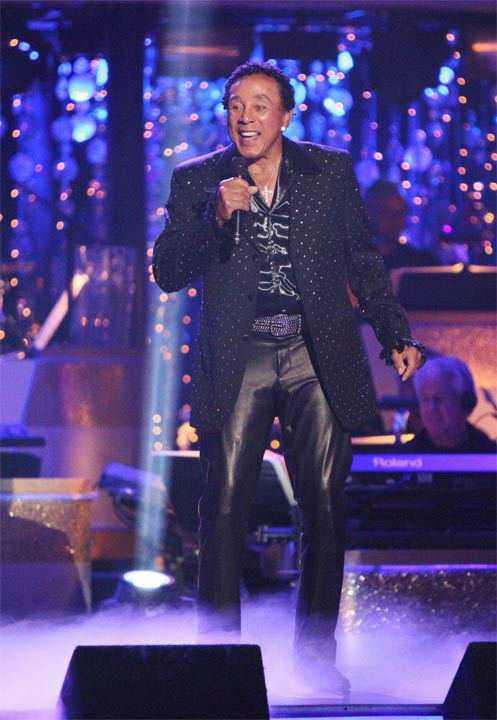 "<div class=""meta image-caption""><div class=""origin-logo origin-image ""><span></span></div><span class=""caption-text"">Smokey Robinson performed on week six of 'Dancing With The Stars,' which aired on Monday, April 23, 2012. (ABC Photo/ Adam Taylor)</span></div>"