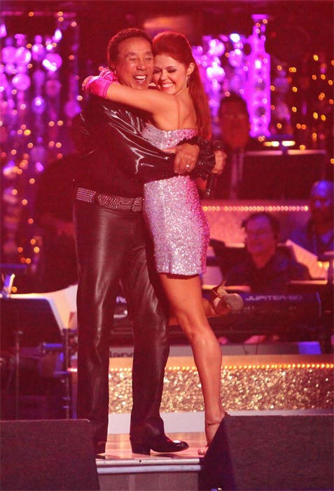 Smokey Robinson, pictured with pro dancer Anna Trebunskaya, performed on week six of &#39;Dancing With The Stars,&#39; which aired on Monday, April 23, 2012. <span class=meta>(ABC Photo&#47; Adam Taylor)</span>
