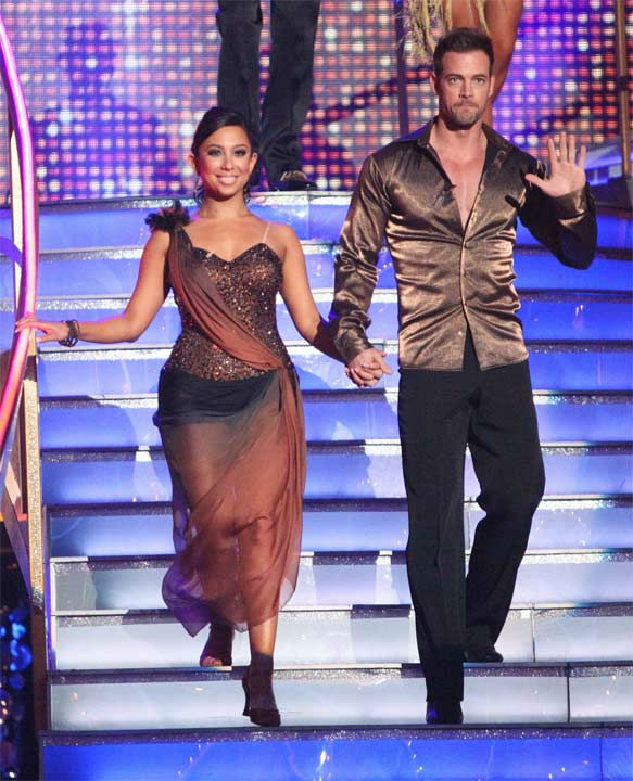 Telenovela star William Levy and his partner Cheryl Burke received 27 out of 30 points from the judges for their Rumba on week six of 'Dancing With The Stars,' which aired on Monday, April 23, 2012.