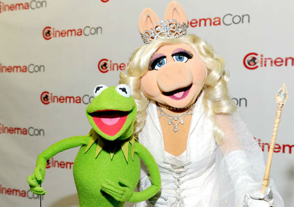 Kermit the Frog and Miss Piggy attend the Walt Disney Studios 2012 Presentation Highlights at CinemaCon on April 24, 2012 in Las Vegas, Nevada.