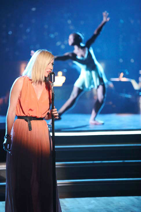 "<div class=""meta ""><span class=""caption-text "">This week's 'AT&T's Spotlight Performance' featured the story of Michaela DePrince on 'Dancing With The Stars: The Results Show' on Tuesday, April 24, 2012. Natasha Bedingfield performed live with Michaela, singing her powerful hit song 'Wild Horses.' (ABC Photo/ Adam Taylor)</span></div>"