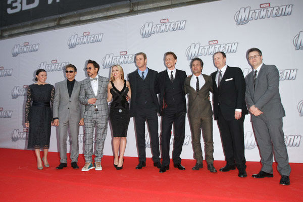 Managing director Walt Disney Company Russia Marina Jigalova-Ozkan, Jeremy Renner, Robert Downey, Jr, Scarlett Johansson, Chris Hemsworth, Tom Hiddleston, Mark Ruffalo, producers Kevin Feige and Jeremy Latcham attend the Russian Premiere of &#39;Marvel&#39;s The Avengers&#39; held at Oktyabr cinema on April 17, 2012 in Moscow, Russia. <span class=meta>(Disney&#47;Marvel Photo&#47;Gennadi Avramenko)</span>