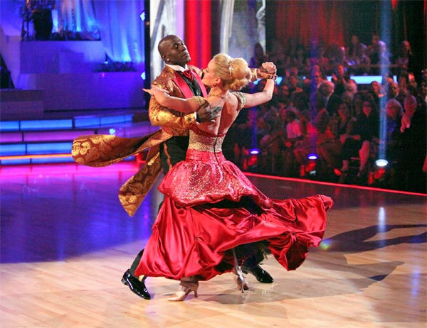 "<div class=""meta image-caption""><div class=""origin-logo origin-image ""><span></span></div><span class=""caption-text"">Football star Donald Driver and his partner Peta Murgatroyd received 27 out of 30 points from the judges for their Viennese Waltz on week 7 of 'Dancing With The Stars,' which aired on Monday, April 30, 2012. (ABC Photo/ Adam Taylor)</span></div>"