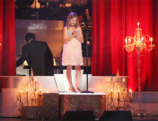 Soprano prodigy Jackie Evancho &#40;pictured&#41; performed &#39;Dark Waltz&#39; during a pro dance performance with Tristan MacManus and Karina Smirnoff on &#39;Dancing With The Stars&#39; on Monday, April 30, 2012. <span class=meta>(ABC Photo&#47; Adam Taylor)</span>