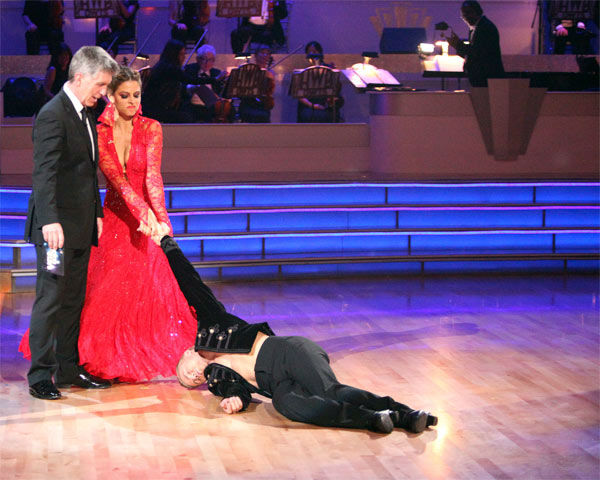 "<div class=""meta ""><span class=""caption-text "">TV personality Maria Menounos and her partner Derek Hough received 30 out of 30 points from the judges for their Paso Doble on week 7 of 'Dancing With The Stars,' which aired on Monday, April 30, 2012. (ABC Photo/ Adam Taylor)</span></div>"