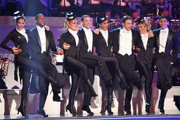 "<div class=""meta ""><span class=""caption-text "">Team Tango -- Katherine Jenkins, Mark Ballas, Maria Menounos, Derek Hough, Roshon Fegan, Chelsie Hightower, Jaleel White and Kym Johnson-- received 27 out of 30 points from the judges on week 7 of 'Dancing With The Stars,' which aired on Monday, April 30, 2012. (ABC Photo/ Adam Taylor)</span></div>"