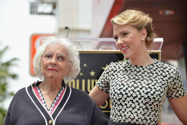 Actress Scarlett Johansson (R) poses with her grandmother Dorothy Sloan as she is honored on the Hollywood Walk of Fame on May 2, 2012 in Hollywood, California.