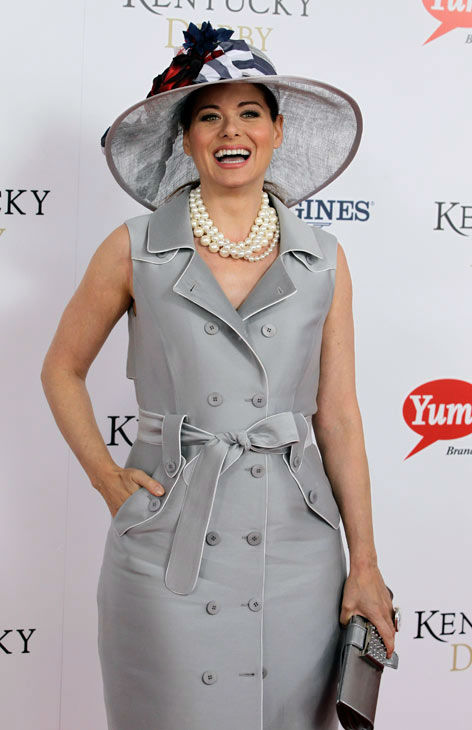Actress Debra Messing, star of &#39;Will &#38; Grace&#39; arrives for the 138th Kentucky Derby horse race at Churchill Downs Saturday, May 5, 2012, in Louisville, Ky.  <span class=meta>(AP Photo&#47; Darron Cummings)</span>