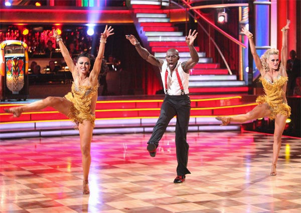 "<div class=""meta image-caption""><div class=""origin-logo origin-image ""><span></span></div><span class=""caption-text"">Football star Donald Driver and his partner Peta Murgatroyd, along with guest dancer Karina Smirnoff, received 28 out of 30 points from the judges for their 'Trio' Jive on week eight of 'Dancing With The Stars,' which aired on Monday, May 7, 2012. His total score was 55 out of 60 points. (ABC Photo/ Adam Taylor)</span></div>"