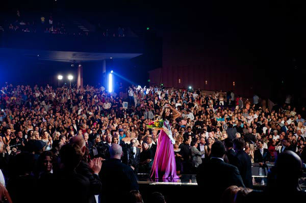 "<div class=""meta ""><span class=""caption-text "">Miss Rhode Island USA 2012, Olivia Culpo, is crowned the winner of the 2012 Miss USA Competition in Las Vegas, Nevada on Sunday, June 3, 2012. (Miss Universe Organization/Robert Nyerges)</span></div>"