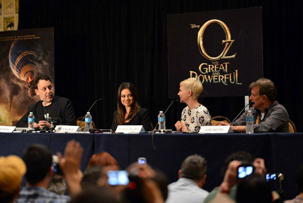 "<div class=""meta image-caption""><div class=""origin-logo origin-image ""><span></span></div><span class=""caption-text"">Director Sam Raimi, Mila Kunis, Michelle Williams and producer Joe Roth of 'Oz: the Great and Powerful,' appear in a photo at San Diego Comic-Con on Thursday, July 12, 2012. (WireImage Photo/Alberto E. Rodriguez)</span></div>"