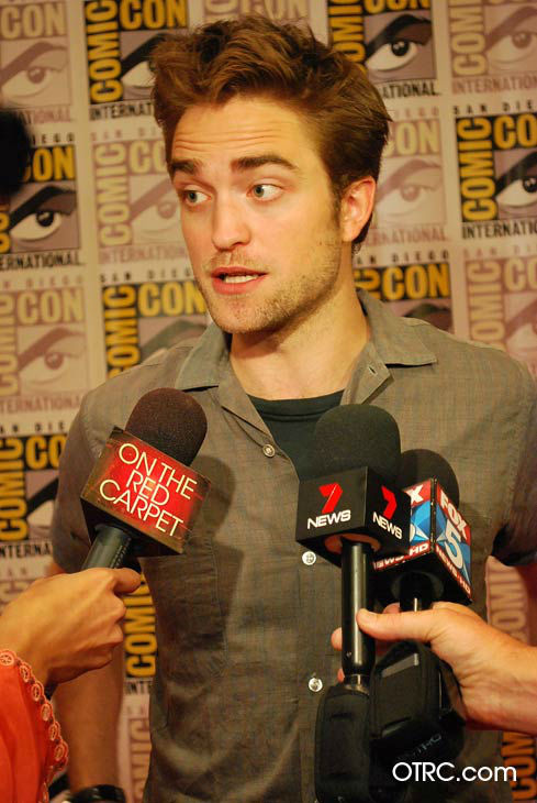 &#39;Twilight&#39; actor Robert Pattinson  appears in a photo at San Diego Comic-Con on Thursday, July 12, 2012. <span class=meta>(OTRC Photo)</span>