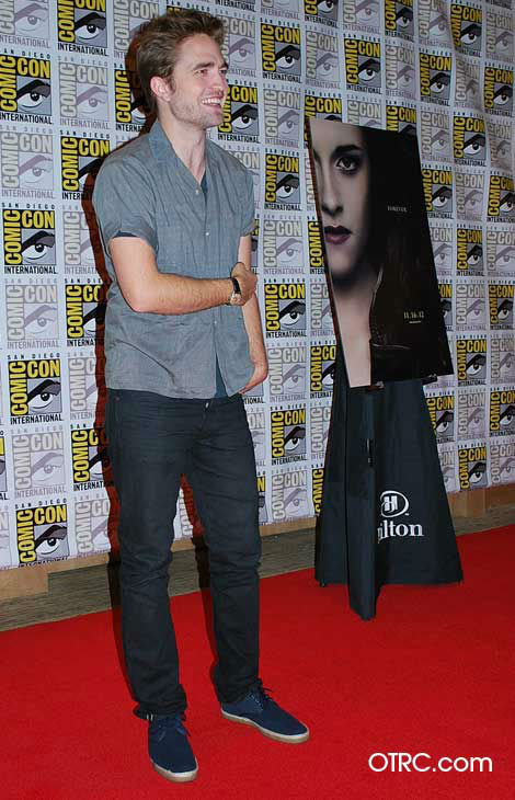 "<div class=""meta ""><span class=""caption-text "">'Twilight' actor Robert Pattinson  appears in a photo at San Diego Comic-Con on Thursday, July 12, 2012. (OTRC Photo)</span></div>"