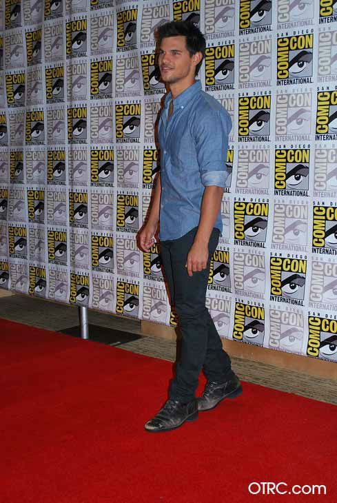 &#39;Twilight&#39; actor Taylor Lautner appears in a photo at San Diego Comic-Con on Thursday, July 12, 2012. <span class=meta>(OTRC Photo)</span>