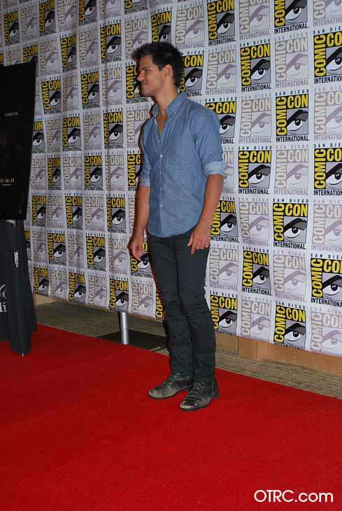 "<div class=""meta ""><span class=""caption-text "">'Twilight' actor Taylor Lautner appears in a photo at San Diego Comic-Con on Thursday, July 12, 2012. (OTRC Photo)</span></div>"