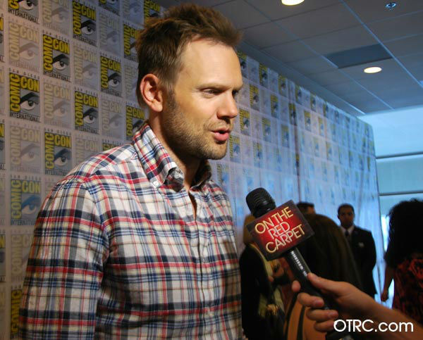 Joel McHale of &#39;Community&#39; appears in a photo at San Diego Comic-Con  on Friday, July 13, 2012. <span class=meta>(OTRC Photo)</span>