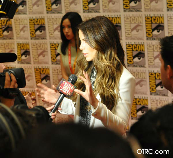 "<div class=""meta ""><span class=""caption-text "">'Total Recall' star Kate Beckinsale appears in a photo at San Diego Comic-Con on Friday, July 13, 2012. (OTRC Photo)</span></div>"