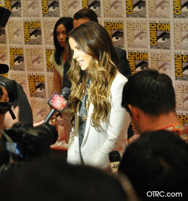 &#39;Total Recall&#39; star Kate Beckinsale appears in a photo at San Diego Comic-Con on Friday, July 13, 2012. <span class=meta>(OTRC Photo)</span>