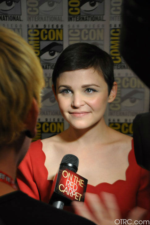 Ginnifer Goodwin of &#39;Once Upon A Time&#39; appears in a photo at San Diego Comic-Con on Saturday, July 14, 2012. <span class=meta>(OTRC Photo)</span>