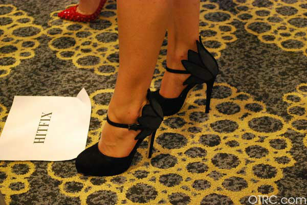 &#39;Once Upon a Time&#39; star Jennifer Morrison wore chic heels at San Diego Comic-Con on Saturday, July 14, 2012.  <span class=meta>(OTRC Photo)</span>