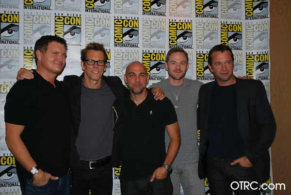 Executive Producer Kevin Williamson, Producer Marcos Siega, Kevin Bacon, Shawn Ashmore and James Purefoy of &#39;The Following&#39; appear in a photo at San Diego Comic-Con on Saturday, July 14, 2012. <span class=meta>(OTRC Photo)</span>