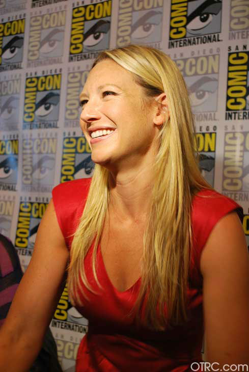 Anna Torv of &#39;Fringe&#39; appears in a photo at San Diego Comic-Con on Sunday, July 15, 2012. <span class=meta>(OTRC Photo)</span>