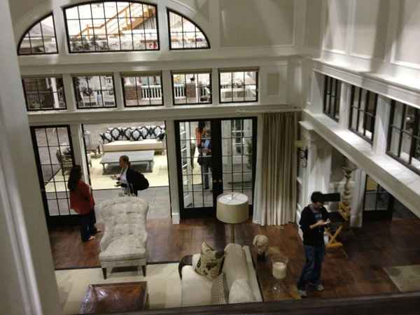 "<div class=""meta image-caption""><div class=""origin-logo origin-image ""><span></span></div><span class=""caption-text"">Pictured is Grayson Manor from the set of the ABC drama series 'Revenge.' The photo was taken on July 26, 2012, during a set visit by members of the Television Critics Association. Season 2 premieres on September 30 at a new time slot - moving from Wednesdays to Sundays at 9 p.m.  (OTRC / ABC)</span></div>"