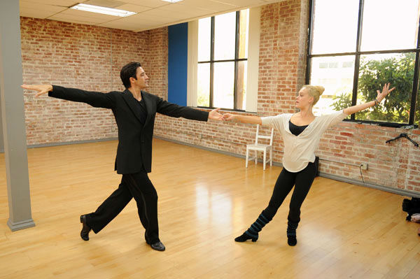 Gilles Marini and last season's champ Peta Murgatroyd appear in a rehearsal photo for 'Dancing With The Stars: All