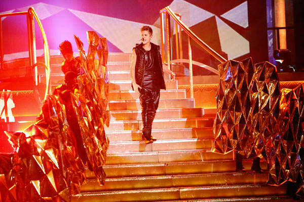 Justin Bieber performed on &#39;Dancing With The Stars: The Results Show&#39; on Tuesday, September 25, 2012. He sang his second single off his &#39;Believe&#39; album titled &#39;As Long as You Love Me.&#39; <span class=meta>(ABC Photo&#47; Adam Taylor)</span>