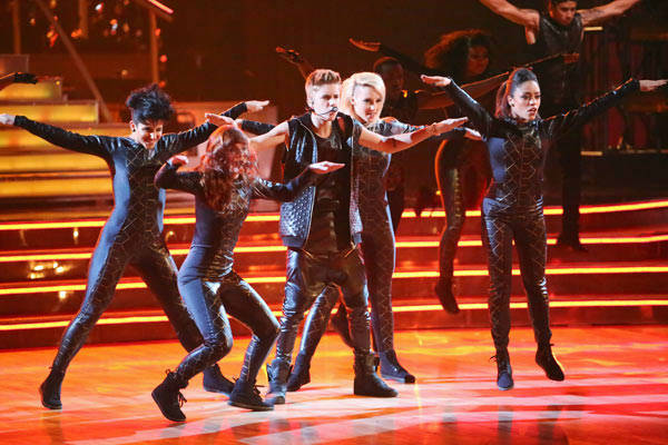 Justin Bieber performed on 'Dancing With The Stars: The Results Show' on Tuesday, September 25, 2012. He sang his second single off his 'Believe' album titled 'As