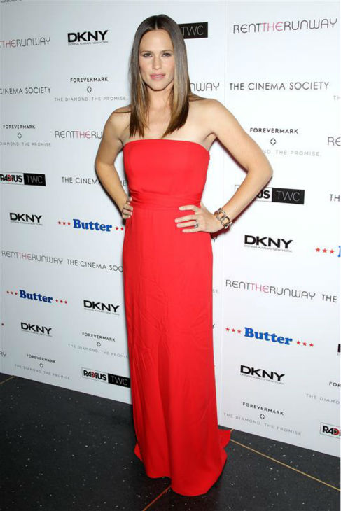 "<div class=""meta ""><span class=""caption-text "">Jennifer Garner appears at the premiere of 'Butter' in New York on Sept. 27, 2012. (Marion Curtis / Startraksphoto.com)</span></div>"