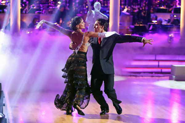 "<div class=""meta image-caption""><div class=""origin-logo origin-image ""><span></span></div><span class=""caption-text"">Olympic speed skater Apolo Anton Ohno and his partner Karina Smirnoff received 25.5 out of 30 points from the judges for their Foxtrot on 'Dancing With The Stars: All-Stars,' which aired on October 8, 2012. (ABC Photo/ Adam Taylor)</span></div>"