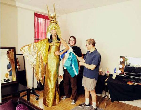 Heidi Klum appears in a photo  posted on her official Twitter page on October 24, 2012, with the caption,&#39;One week until Halloween! Here&#39;s a sneak peek at my crazy Cleopatra costume!&#39; <span class=meta>(twitter.com&#47;heidiklum)</span>