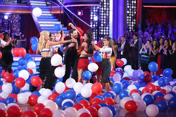 "<div class=""meta image-caption""><div class=""origin-logo origin-image ""><span></span></div><span class=""caption-text"">The entire cast of 'Dancing with the Stars: All Stars' appear in a still from their group Swing dance on November 5, 2012. The dance was a marathon dance, and the judges eliminated pairs as the routine progressed. Each pair received points depending on how long they stayed on the dance floor. (ABC Photo/ Adam Taylor)</span></div>"