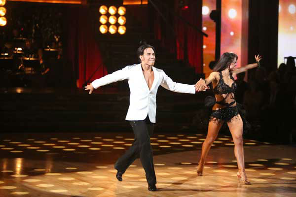 "<div class=""meta image-caption""><div class=""origin-logo origin-image ""><span></span></div><span class=""caption-text"">Olympic speed skater Apolo Anton Ohno and his partner Karina Smirnoff received 27 out of 30 points from the judges for their Paso Doble and Cha Cha Cha fusion on 'Dancing With The Stars: All-Stars,' which aired on November 5, 2012. (ABC Photo/ Adam Taylor)</span></div>"