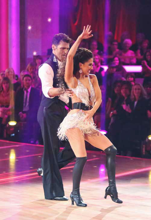 "<div class=""meta image-caption""><div class=""origin-logo origin-image ""><span></span></div><span class=""caption-text"">Reality star Melissa Rycroft and her partner Tony Dovolani received 29 out of 30 points from the judges for their Tango and Cha Cha Cha fusion on 'Dancing With The Stars: All-Stars,' which aired on November 5, 2012. (ABC Photo/ Adam Taylor)</span></div>"
